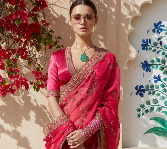 Colour Me Pink! Pink Colour Saree Images for the Blushing Brides
