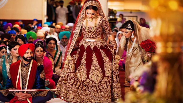 Reasons Why Witnessing Indian Wedding Should be in Your Bucket List